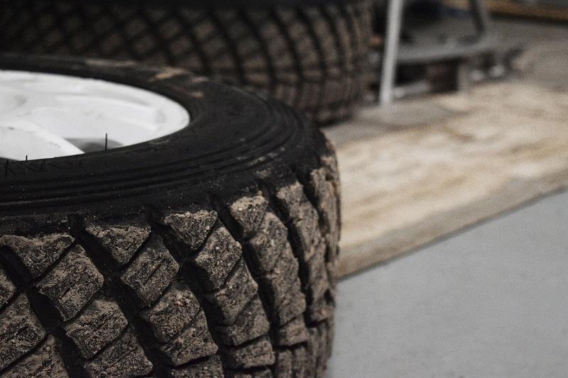 Hvad vil det sige at afbalancere sine dæk?